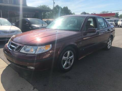 2004 Saab 9-5 for sale at Wise Investments Auto Sales in Sellersburg IN