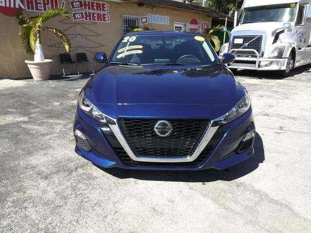 2020 Nissan Altima for sale at VALDO AUTO SALES in Miami FL