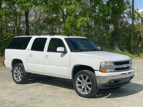 2005 Chevrolet Suburban for sale at Charlie's Used Cars in Thomasville NC