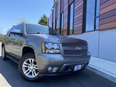 2009 Chevrolet Avalanche for sale at DAILY DEALS AUTO SALES in Seattle WA