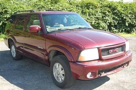 2000 GMC Envoy for sale at CASTLE AUTO AUCTION INC. in Scranton PA