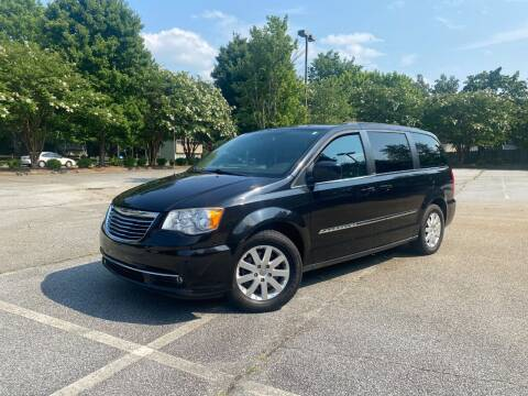 2014 Chrysler Town and Country for sale at Uniworld Auto Sales LLC. in Greensboro NC