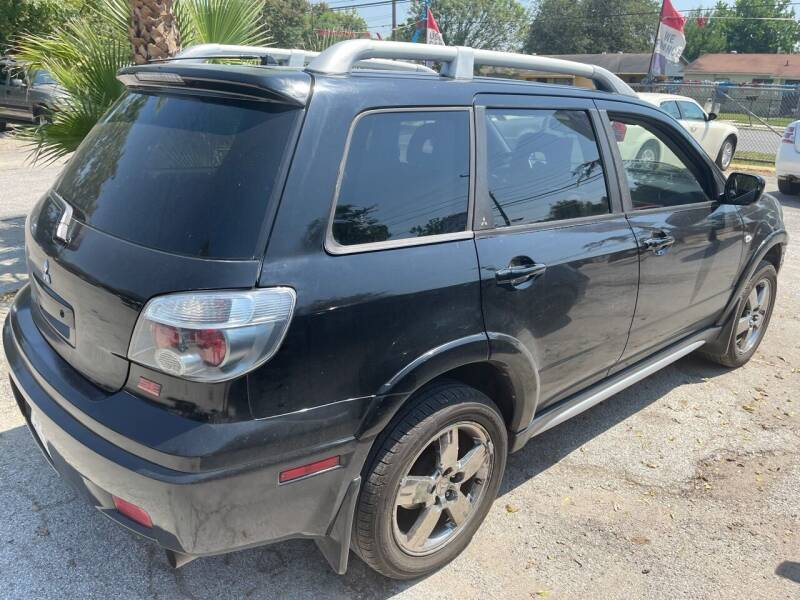 2006 Mitsubishi Outlander for sale at Approved Auto Sales in San Antonio TX