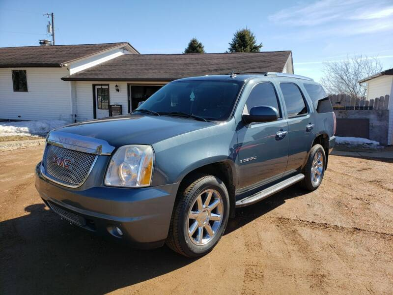 2007 GMC Yukon for sale at Shinkles Auto Sales & Garage in Spencer WI