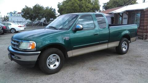 2000 Ford F-150 for sale at Larry's Auto Sales Inc. in Fresno CA