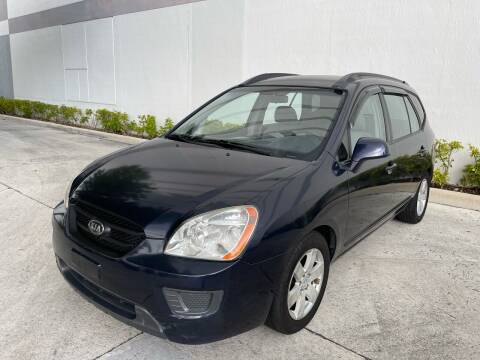 2007 Kia Rondo for sale at Auto Beast in Fort Lauderdale FL