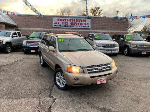 2007 Toyota Highlander Hybrid for sale at Brothers Auto Group in Youngstown OH
