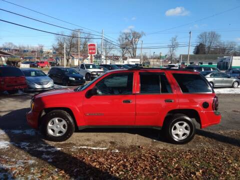 2002 Chevrolet TrailBlazer for sale at Antique Motors in Plymouth IN