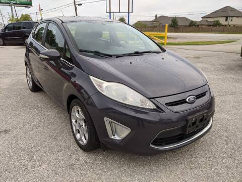 2013 Ford Fiesta for sale at PREMIER MOTORS OF PEARLAND in Pearland TX