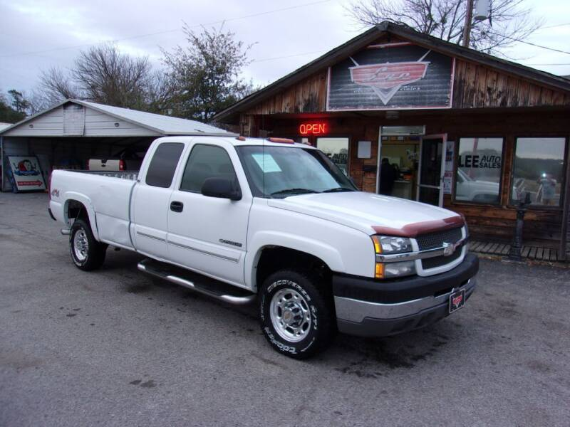 2003 Chevrolet Silverado 2500HD for sale at LEE AUTO SALES in McAlester OK