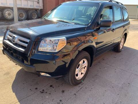 2006 Honda Pilot for sale at Square Business Automotive in Milwaukee WI