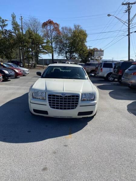 2008 Chrysler 300 for sale at Elite Motors in Knoxville TN