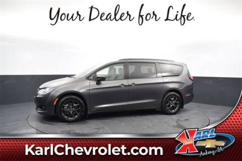 2018 Chrysler Pacifica for sale at Karl Pre-Owned in Glidden IA