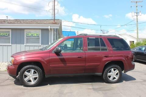 2005 Chevrolet TrailBlazer for sale at D & B Auto Sales LLC in Washington Township MI
