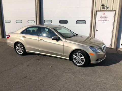 2010 Mercedes-Benz E-Class for sale at Certified Auto Exchange in Indianapolis IN
