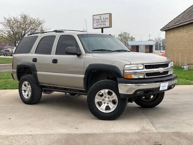 2000 Chevrolet Tahoe for sale at Rolling Wheels LLC in Hesston KS