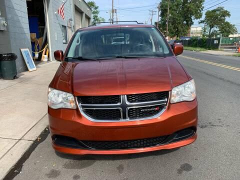 2012 Dodge Grand Caravan for sale at SUNSHINE AUTO SALES LLC in Paterson NJ