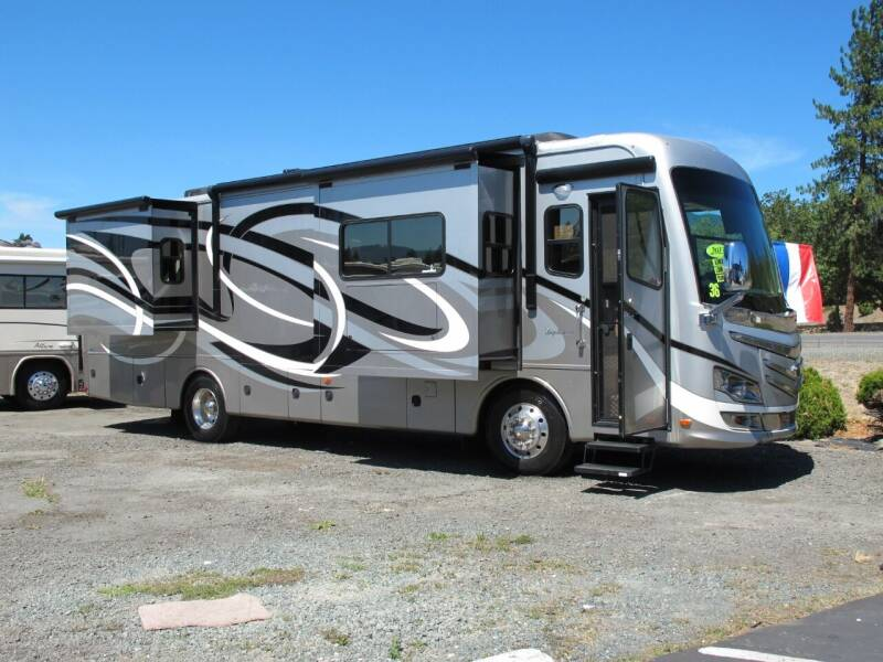 2013 Monaco DIPLOMAT 36 for sale at Oregon RV Outlet LLC - Diesel Motorhomes in Grants Pass OR