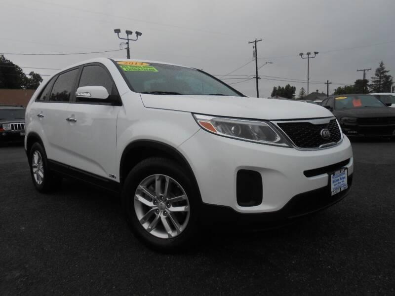 2014 Kia Sorento for sale at McKenna Motors in Union Gap WA