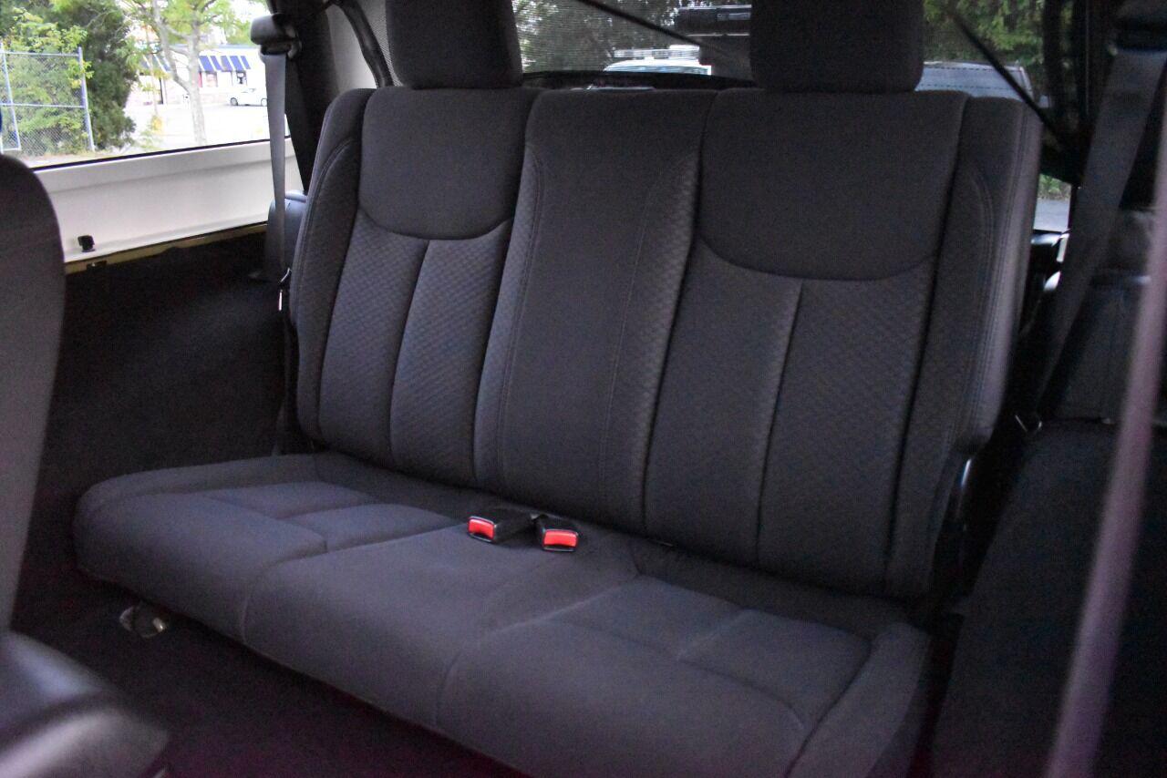 2013 Jeep Wrangler Sport 4×4 2dr SUV full