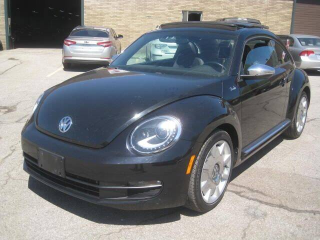 2013 Volkswagen Beetle for sale in Euclid, OH