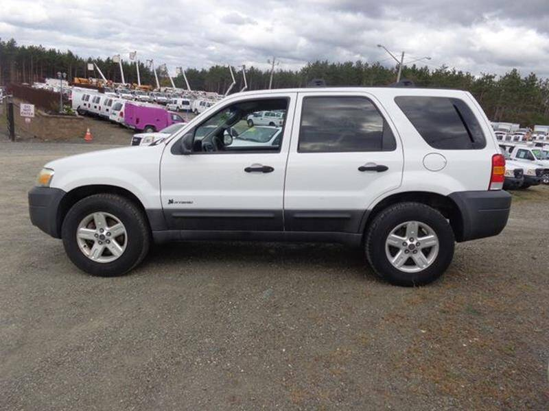 2005 Ford Escape for sale at Upstate Auto Sales Inc. in Pittstown NY