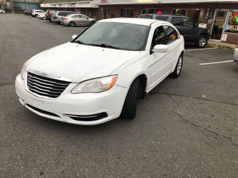 2013 Chrysler 200 for sale at REGIONAL AUTO CENTER in Stafford VA