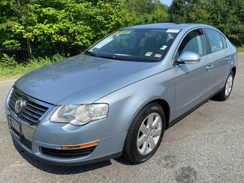 2007 Volkswagen Passat for sale at Used Cars of Fairfax LLC in Woodbridge VA