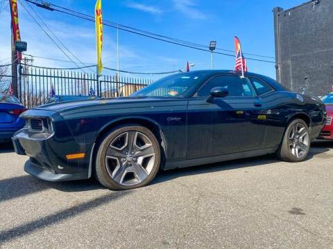 2013 Dodge Challenger for sale at Buy Here Pay Here Auto Sales in Newark NJ