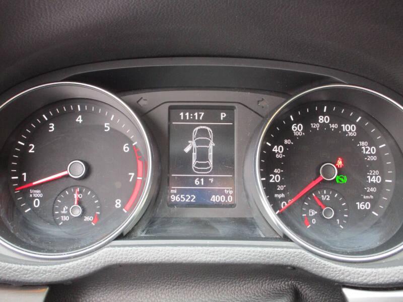 2017 Volkswagen Passat 1.8T R-Line 4dr Sedan - Dallas TX