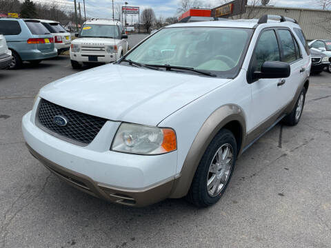 2005 Ford Freestyle for sale at Diana Rico LLC in Dalton GA