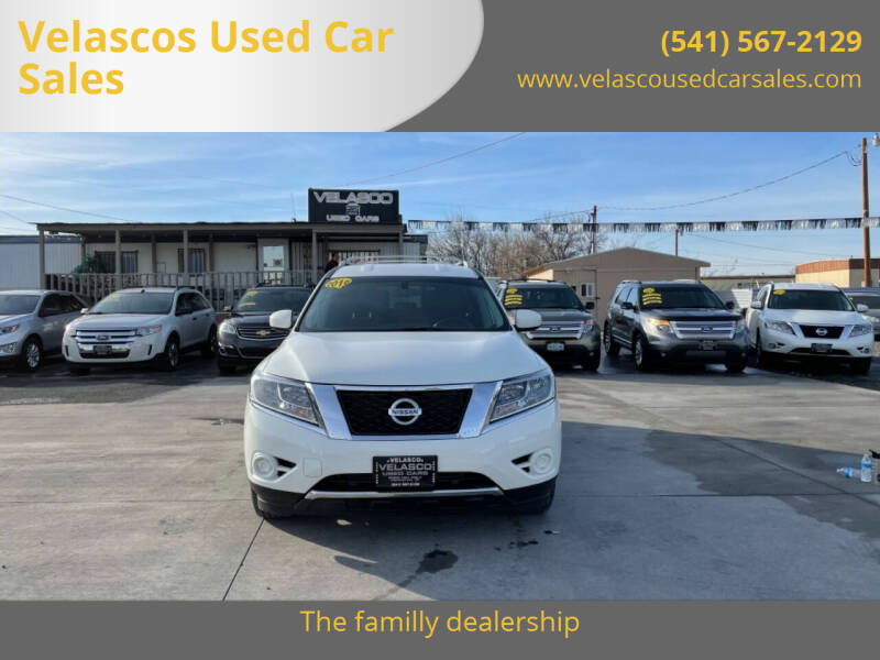 2016 Nissan Pathfinder for sale at Velascos Used Car Sales in Hermiston OR