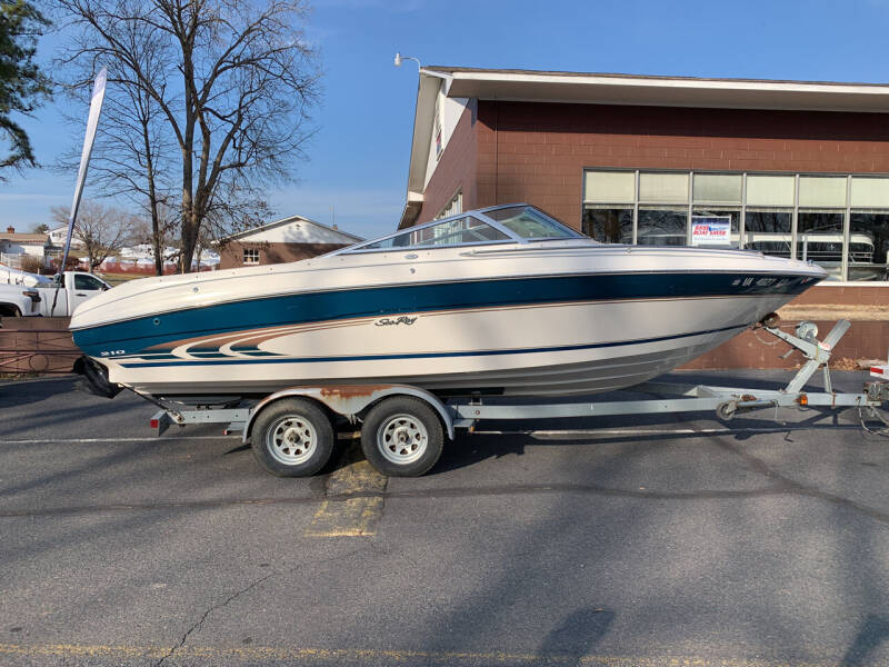 1997 Sea Ray 210 Signature for sale at Performance Boats in Spotsylvania VA