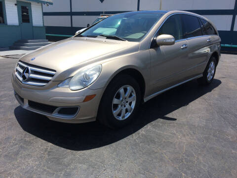 2007 Mercedes-Benz R-Class for sale at CAR-RIGHT AUTO SALES INC in Naples FL