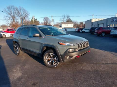 2015 Jeep Cherokee for sale at CITY SELECT MOTORS in Galesburg IL