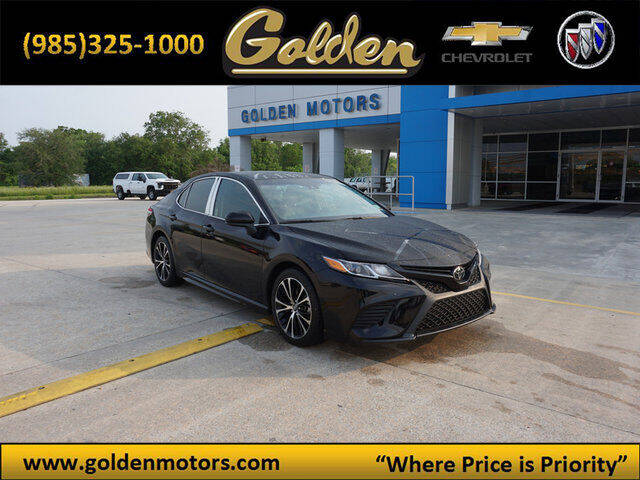 2018 Toyota Camry for sale at GOLDEN MOTORS in Cut Off LA