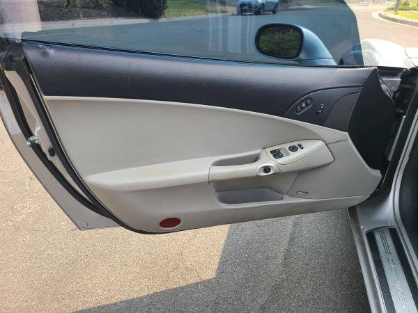 2008 Chevrolet Corvette 2dr Coupe - La Crescenta CA