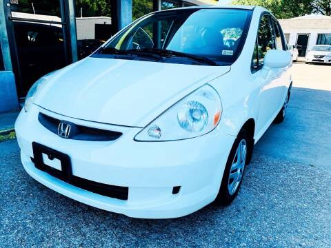 2007 Honda Fit for sale at Auto Space LLC in Norfolk VA