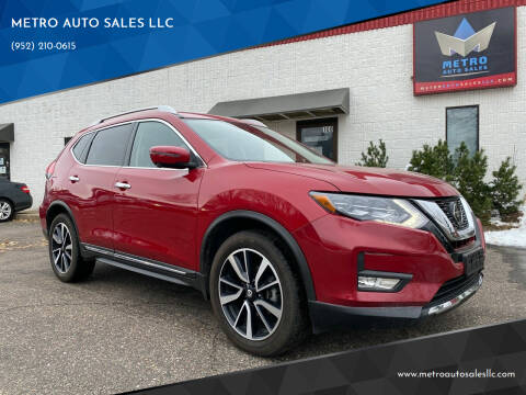 2017 Nissan Rogue for sale at METRO AUTO SALES LLC in Blaine MN