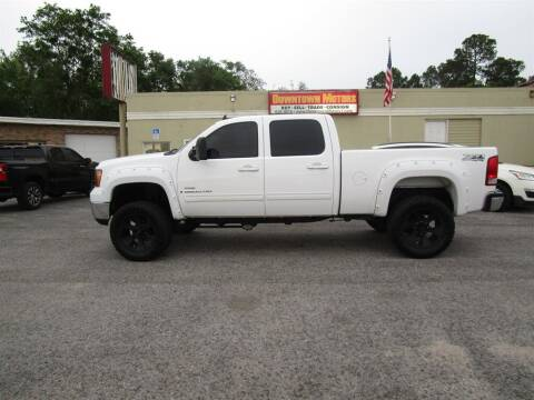 2008 GMC Sierra 2500HD for sale at DERIK HARE in Milton FL