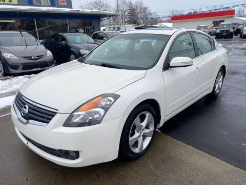 2009 Nissan Altima for sale at Wise Investments Auto Sales in Sellersburg IN