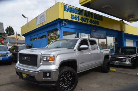 2015 GMC Sierra 1500 for sale at Earnest Auto Sales in Roseburg OR