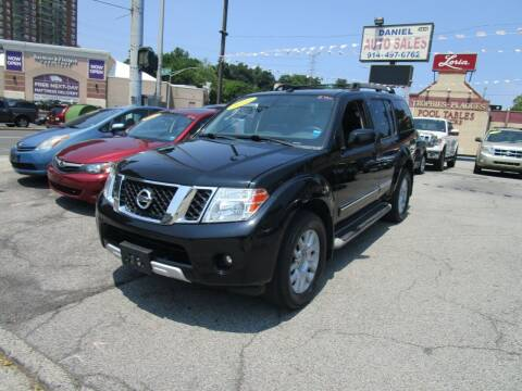 2010 Nissan Pathfinder for sale at Daniel Auto Sales in Yonkers NY