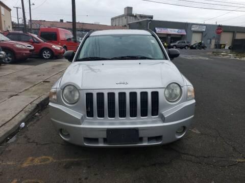 2009 Jeep Compass for sale at SUNSHINE AUTO SALES LLC in Paterson NJ
