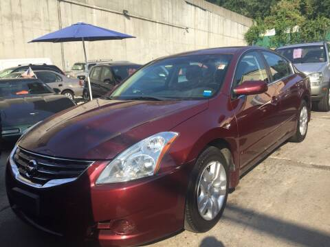 2012 Nissan Altima for sale at Drive Deleon in Yonkers NY