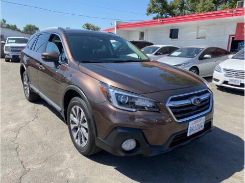 2019 Subaru Outback for sale at Dealers Choice Inc in Farmersville CA