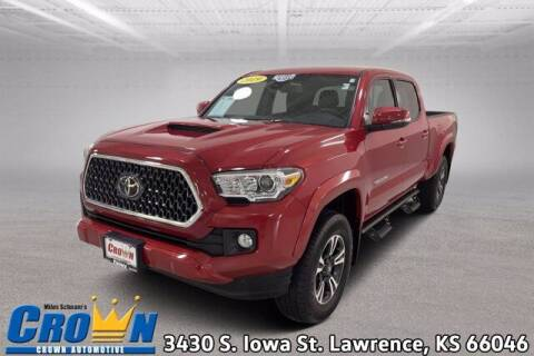 2019 Toyota Tacoma for sale at Crown Automotive of Lawrence Kansas in Lawrence KS