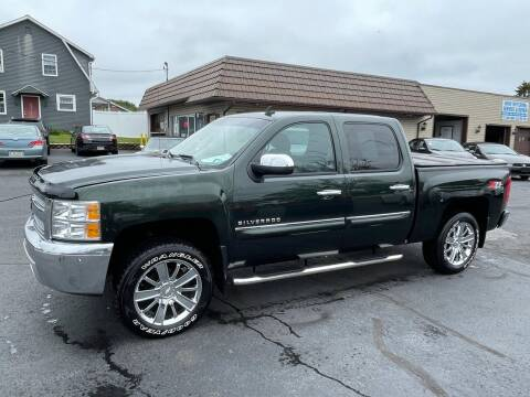 2013 Chevrolet Silverado 1500 for sale at MAGNUM MOTORS in Reedsville PA