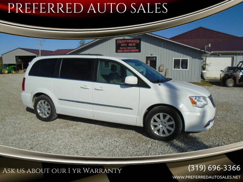 2015 Chrysler Town and Country for sale at PREFERRED AUTO SALES in Lockridge IA