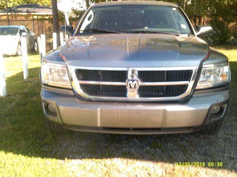 2008 Dodge Dakota for sale at DONNIE ROCKET USED CARS in Detroit MI